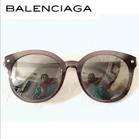 daba905c27ad4 Balenciaga Accessories - Balenciaga Mirrored Sunglasses